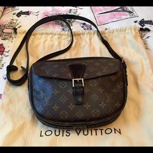Louis Vuitton Monogram Jeune Fille 25!